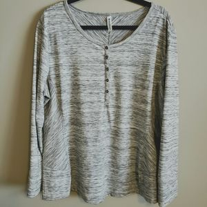 WindRiver gray/black lined top, long sleeve, 2XL